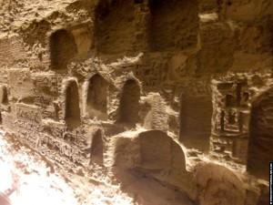 Nissen met hierogliefen in het Serapeum