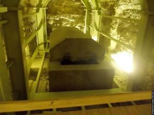 Sarcofaag opgesteld in het Serapeum